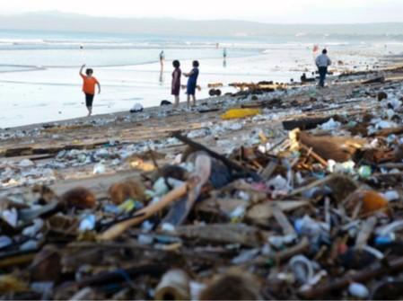 Making the case for banning single use plastics in Malawi